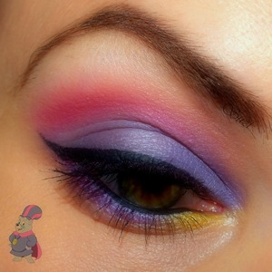Gummi Bears Make-up Series - inspired by Zummi Used products: ♥ GOSH Eyebrow Pencil, Greybrown ♥ Essence I Love Stage Eyeshadow Base ♥ GOSH Quattro Eye Shadow, Q57 Tempting Purple ♥ GOSH Trio Eye Shadow, TR23 Pink Sunset ♥ GOSH Trio Eye Shadow, TR20 Tropic Fever ♥ Zoeva Cream Eye Liner Waterproof, Black Lace ♥ Gabriella Salvete Diamante Volume & Lenght Mascara