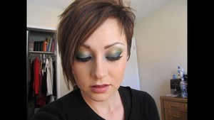 Glamour Doll Eyes Fiji Mermaid Feature