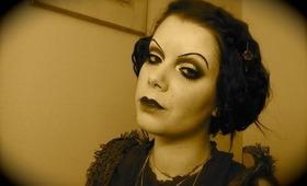 Halloween Series : 20's Silent movie make-up tutorial with a modern twist
