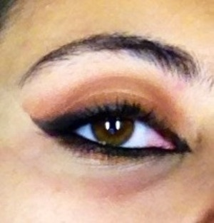 Haifa Wehbe inspired makeup.