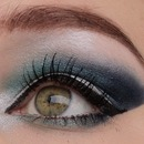 Blue smokey eye winter feeling