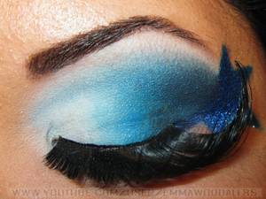 Dramatic Patriotic FOURTH OF JULY Look