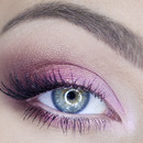 Perfect for green eyes!