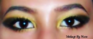 Black and Gold smokey elongated (Cat) eye makeup... I did this look for my 18.Birthday.. <3 :)