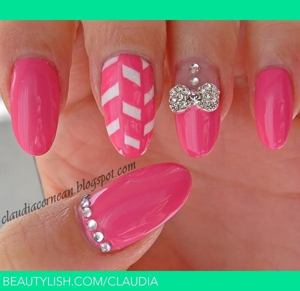 Metallic Bow Nails | Claudia C.\'s (claudia) Photo | Beautylish