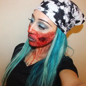 Halloween Latex Zombie Follow me on Instagram @A_makeupsavy Subscribe to my channel A_Makeupsavy