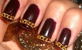 Gold Chain Linked Nails
