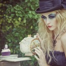 Dark Alice