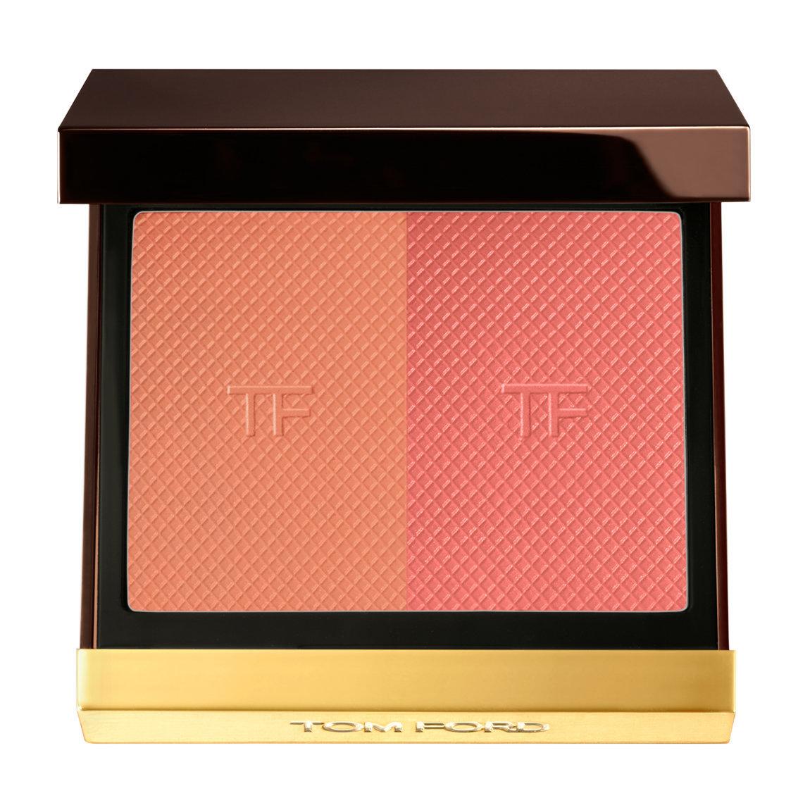 TOM FORD Shade & Illuminate Blush Cherry Blaze alternative view 1 - product swatch.