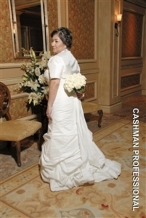 Gabby was such a beautiful bride! She had really short, fine hair so I had to be creative!