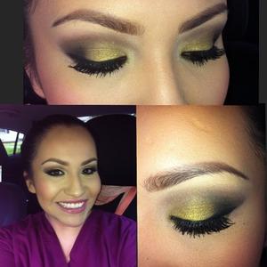 Gold smokey eye. Makeup Geek gold pigment