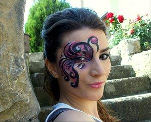 http://www.theglamcrush.com/2012/02/flamingo-inspired-face-makeup.html