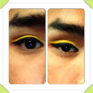 Black cat eye with yellow top stripe for pop of color.