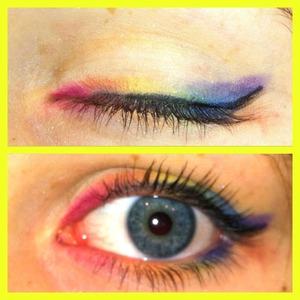 Well.. I used eyeshadow to make it eyeliner (: