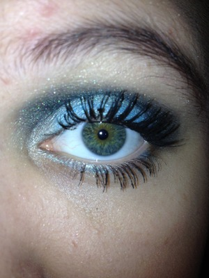 First time trying this look (: