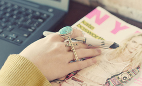 Blogger Love: Check Out These Sites!