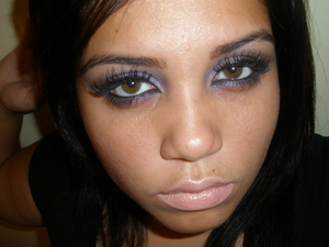 Rihanna inspired look, video Fly