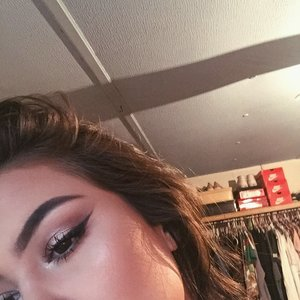 With waterproof liner and mascara this look would be SMUDGE proof. These inflatable shadows stay on ALLLLL DAY. I'm using the shade Amber Rush all over my lid and iced latte in my inner corner and also used it as my highlight. 💕