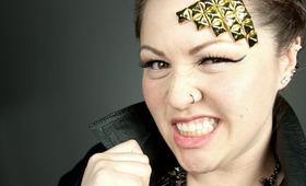 Ke$ha Glued Studs to her Head, and So Did We!