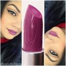 Riri boy lipstick!
