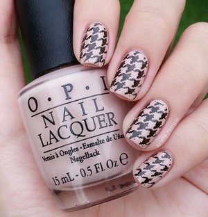 I used MoYou London Pro Collection 04 OPI Don't Pretzel My Buttons as the base Wet N' Wild Black Creme on top