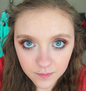 For this Valentine's I sported a pink and orange makeup!