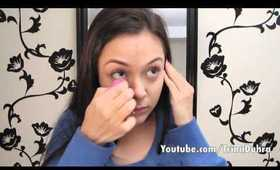 How To: Use The Beauty Blender