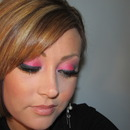 Shimmery Gleaming Pink & Glitter Eyes