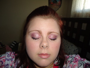 MAC Eyeshadow look for Simple and Classy Going out to Dinner Look. :)