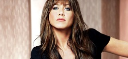 "Jennifer Aniston Goes Brunette For ""Horrible Bosses"""