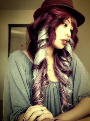 Burgundy, White and purple, squeeeee~