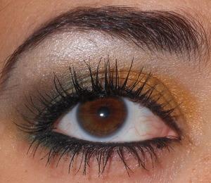 Christmas green eyeshadow :)