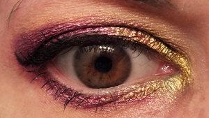 Inner to outer: Makeup Geek Liquid Gold Sugarpill Magentric Sugarpill Poison Plum