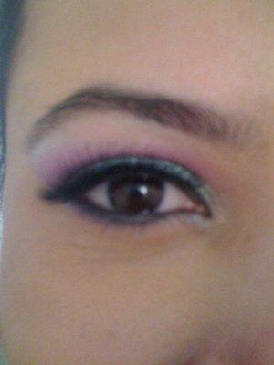 Look using e.l.f palette