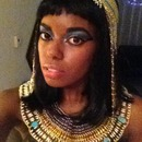 Cleopatra (Elizabeth Taylor style)