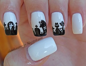 Tutorial on : http://claudiacernean.blogspot.ro/2013/10/unghii-de-halloween-halloween-nails.html