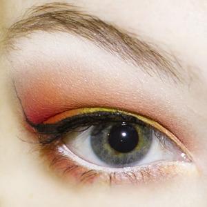 - NYX JEP Milk - Sugarpill Burning Heart Palette - Sugarpill Tako - NYX Studio liquid eyeliner Black