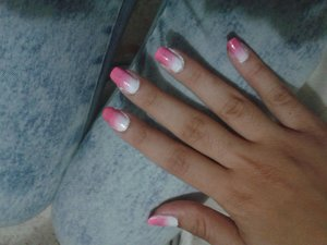 they're a little bit messy I used : china glaze white on white 023 akira (light pink) samoa no78 saint germain top coat