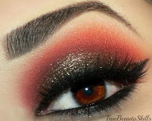 makeup geek pigment- Utopia makeup geek- Bitten