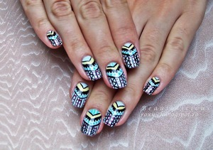 http://roxy-ch.blogspot.ro/2013/09/tribal-nails-collab.html