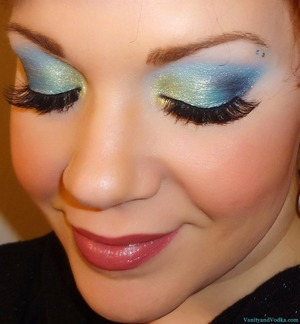 For more info on products used, please visit: http://www.vanityandvodka.com/2013/06/mermaid.html xoxo, Colleen