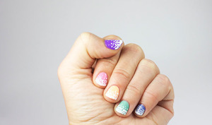 http://www.bec-et-ongles.com/blog/1875/pastel-in-the-snow/