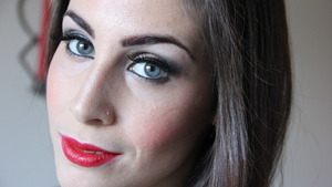 Classic Red Carpet Makeup Look, to see the tutorial check out http://www.youtube.com/watch?v=eBBfMZN0GQA