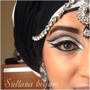 Dramatic Arabic eyes. Follow me on Instagram @essexrockstar xxx