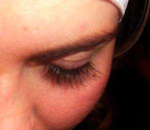 Natural individual lashes <3