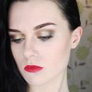 Kristen Stewart Premiere Makeup