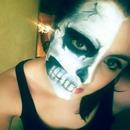 Skull Halloween look