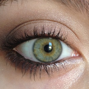 A simple brown and champagne look