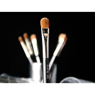 C.P.C Cosmetics 252 Large Shader Brush