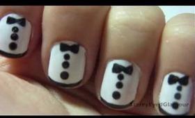 Zooey Deschanel Tuxedo Nails!